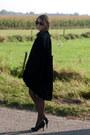 Black-vintage-blazer-black-h-m-blouse-black-van-haren-heels