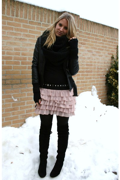 Fashion Skirts  Boots on Pink Zara Skirts  Black Sacha Boots    Girly  By Allaboutthestyle