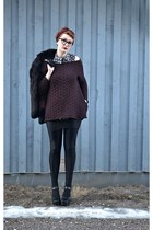 maroon sweater - black rabbit fur coat - black American Apparel leggings