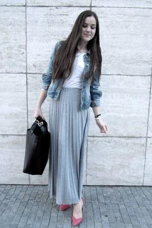 maxi skirt - denim jacket - heels
