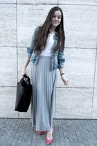 maxi skirt - denim jacket - heels