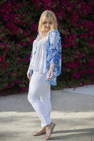 blue kimono Forever 21 top - white skinny jeans Denim 24 7 jeans