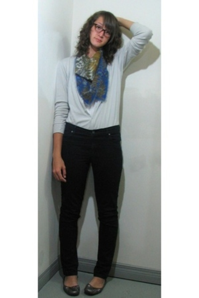christian dior scarf - Cheap Monday jeans - Chinese Laundry shoes - American App