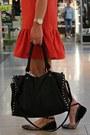 Drop-waist-topshop-dress-printed-zara-shoes-black-forever-21-bag