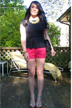 peplum Alice & Olivia top - Urban Expressions bag - neon pink Forever 21 shorts