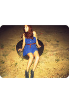 brick red vintage belt - navy Jeffrey Campbell boots