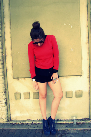 red Forever 21 sweater - navy Jeffrey Campbell boots - black Fletcher shorts