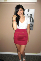 Forever 21 v-neck shirt - H&M skirt - DIY chain accessories - forever 21 accesso