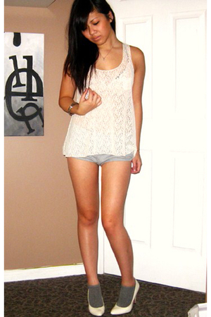 Forever 21 lace top - Forever 21 shorts - Forever 21 accessories - Aldo shoes