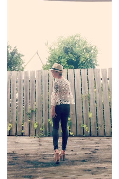 Witchery hat - Witchery pants - Dotti top - Wildpair wedges