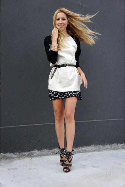 Oscar de la Renta boots - H&M dress