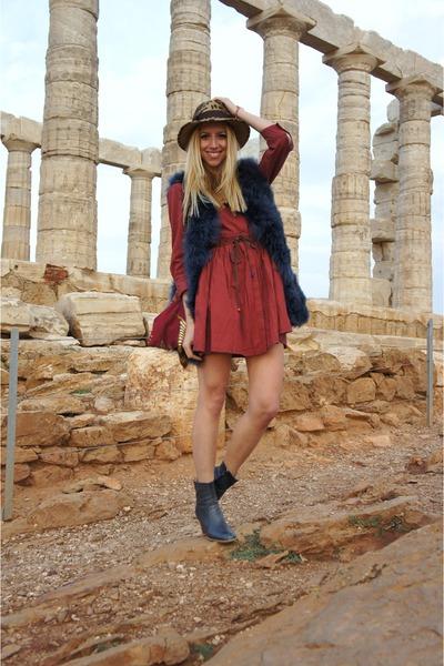 Zara boots - Levis dress
