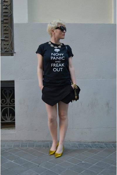Lulu Frost necklace - Alexander Wang bag - Zara shorts - Jimmy Choo heels