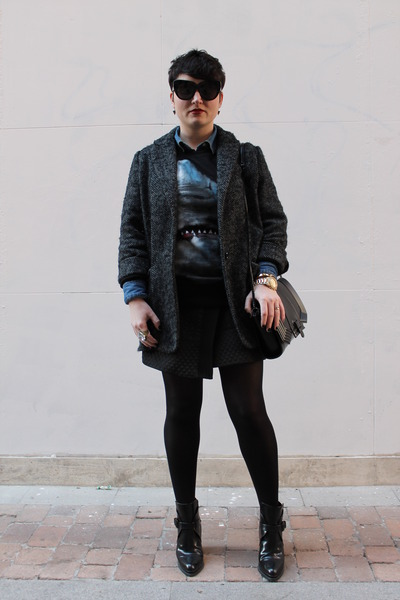 Zara boots - Mango coat - H&M shirt - Zara skirt - Choies sweatshirt