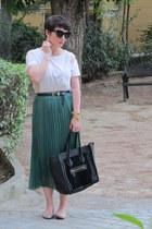 Dinodirect skirt - H&M t-shirt - Swarovski by Melissa flats