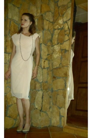 neutral TADASHI SHOJI dress - neutral pumps - beige DIY necklace