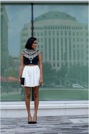 white her velvet vase skirt