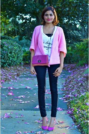 bubble gum Lookbook Store cardigan - black Zara jeans - hot pink BCBG bag