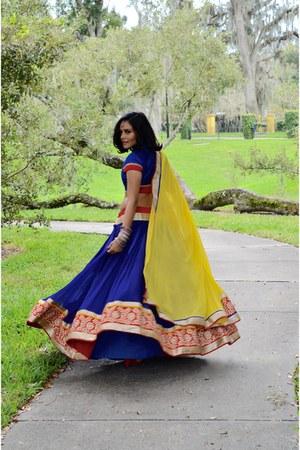 yellow Indian wear scarf