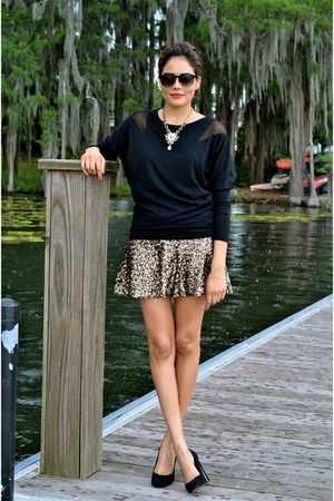 black Mango top - white shamelessy sparkly necklace - gold Express skirt