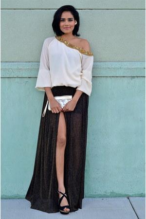 beige Naveda couture top - black Kimchi Blue skirt