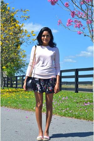 black Chanel bag - black Express skirt - light pink Zara top