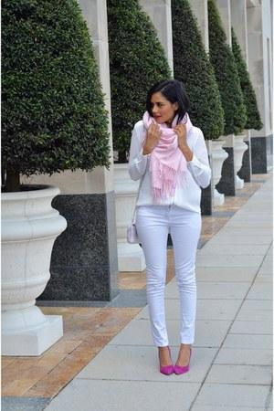 light pink Mooncats scarf