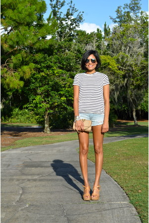 sky blue American Eagle shorts - white Tobi top