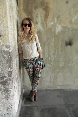 print Mango pants - swede Miss Selfridge boots - green H&M bag