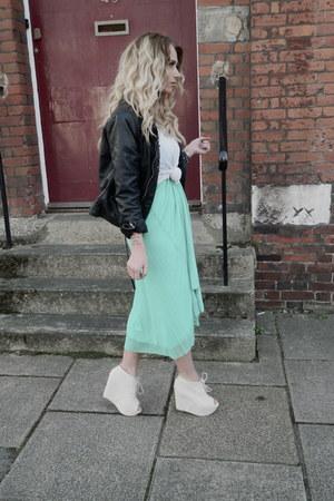 cream Boohoo wedges - Jane Norman dress