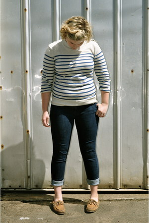 topsiders sperry shoes - skinny Levis jeans - Forever21 sweater