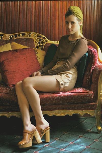 brown Alyssa Nicole blouse - beige khakizz Alyssa Nicole shorts