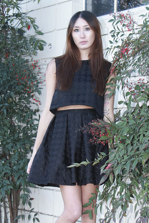black crop top Alyssa Nicole top - black pleated skirt Alyssa Nicole skirt