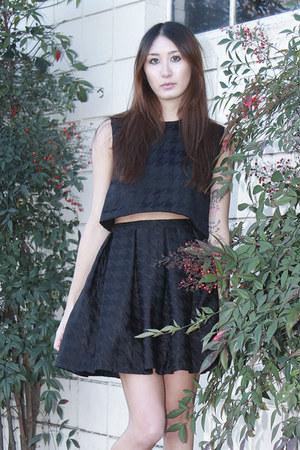 black crop top Alyssa Nicole top - black pleated skirt Alyssa Nicole skirt