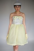 Light-yellow-bird-by-alyssa-nicole-dress