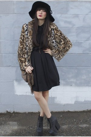 leopard print Express jacket - Alyssa Nicole dress - floppy hat BCBG hat