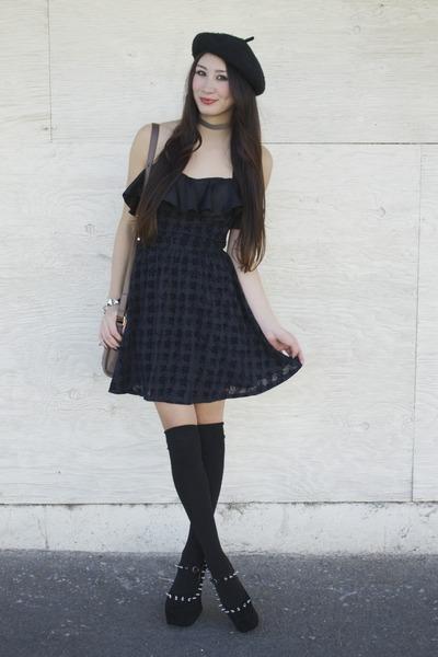 black Alyssa Nicole dress - black beret hat