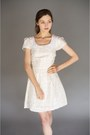 Cream-peterpan-collar-alyssa-nicole-dress
