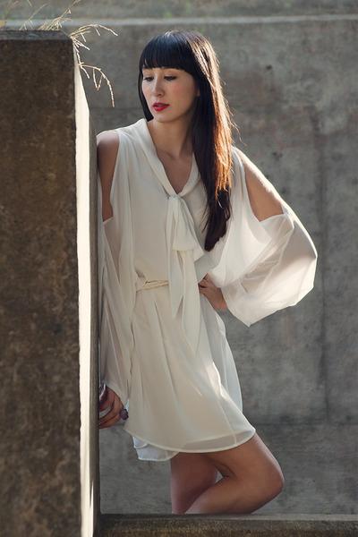 white Alyssa Nicole dress - amethyst violet ring Alyssa Nicole ring
