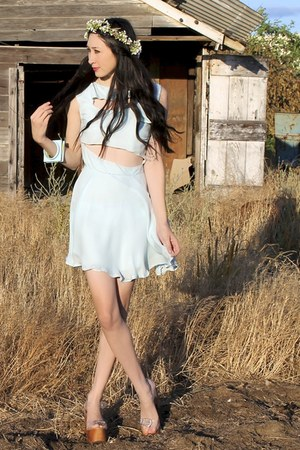 ivory floral crown Alyssa Nicole accessories - sky blue Alyssa Nicole dress