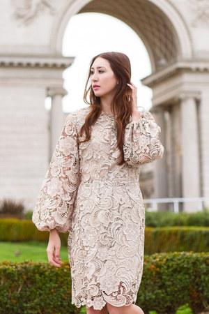 tan lace Alyssa Nicole dress