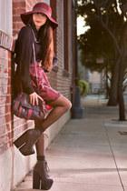 Alyssa Nicole necklace - floppy hat Roxy hat - patchwork vintage bag