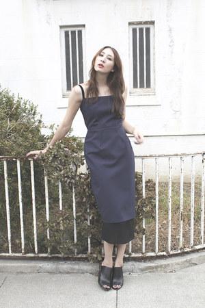 navy Alyssa Nicole dress - black mules Saks Fifth avenue heels