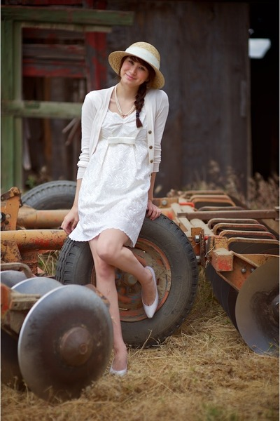 cream Alyssa Nicole dress - camel Urban Outfitters hat - white saks 5th avenue v