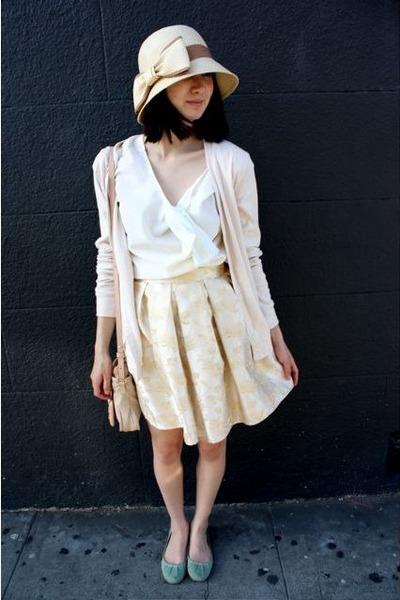 green shoes - brown hat - beige sweater - beige little purse See by Chloe bag -