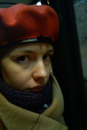 camel oversized Cubus coat - red Kangol hat - deep purple BikBok scarf