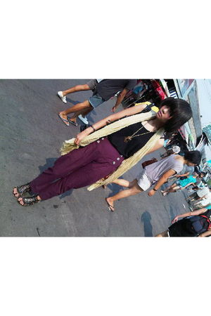 beige Mango scarf - black top - gold necklace - purple iconia pants - black shoe