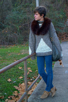 light brown vintage sweater - thrifted jeans - dark brown fur vintage scarf