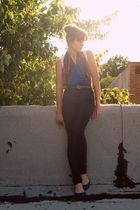 Target shoes - Topshop jeans - American Apparel shirt - vintage scarf