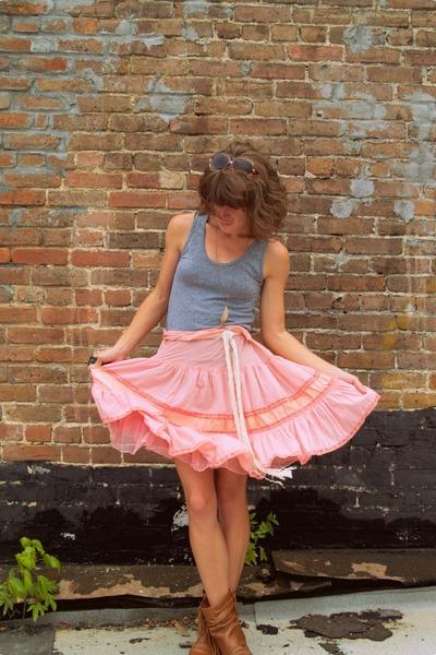 vintage skirt - American Apparel shirt - Steve Madden boots